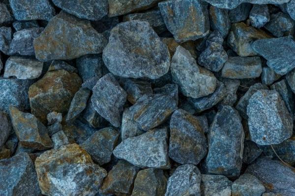 Galet noir Perpignan 30-80 mm (1) S1